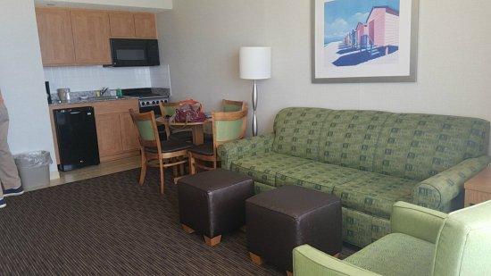 Barclay Towers Resort Hotel: orca-image-1493409206296_large.jpg