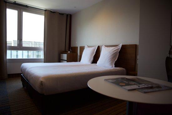 Hotel Lyon-ouest : Zimmer mit Fenster