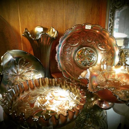 Old Ridge Antiques: Gorgeous Carnival Glassware