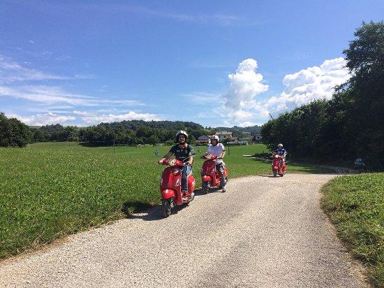 Туры намотороллерах, скутерах имопедах