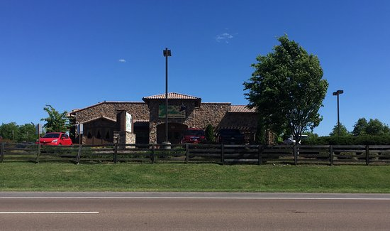 Olive garden at the crossings picture of olive garden - Olive garden spring hill tennessee ...