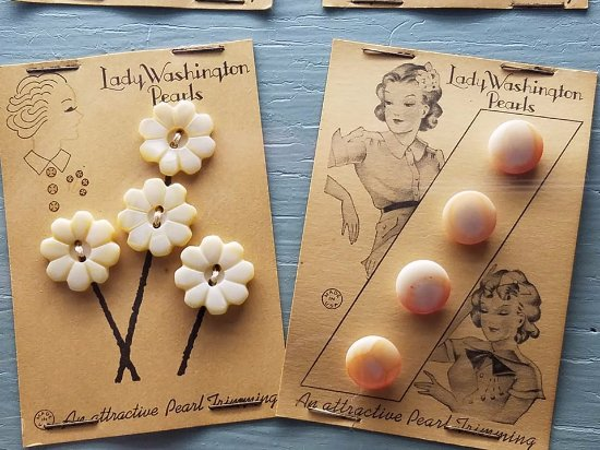 Dubuque, IA: Pearl buttons made from Mississippi River clamshells