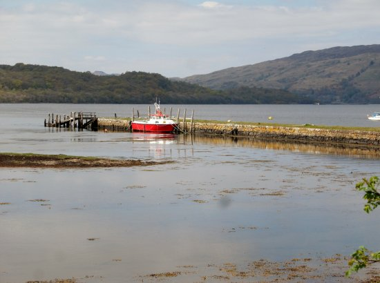 Taynuilt, UK: Lorn Quay - iron ore and limestone, etc were imported here