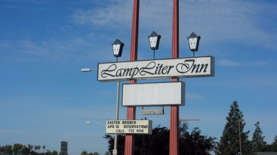 Lamp Liter Inn Sign