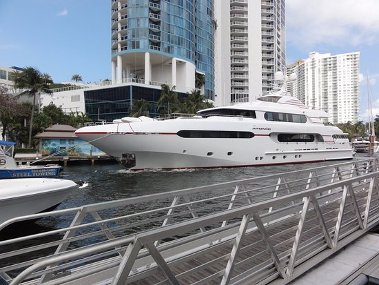 New River: Huge yacht on the river