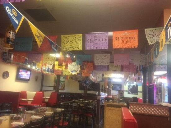 Anamosa, IA: Dining area