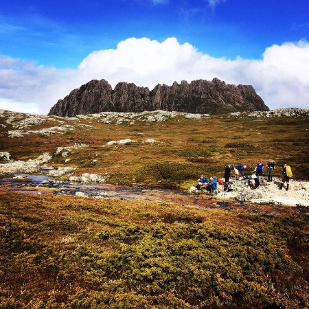 Hagley, Australia: Lunch with a Cradle Mountain backdrop