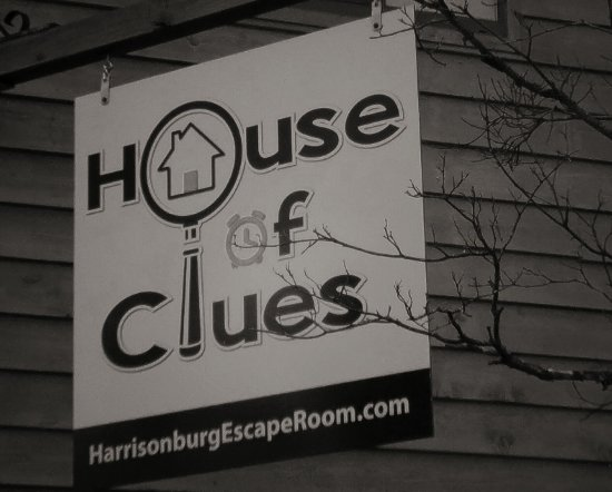 ‪House of Clues‬