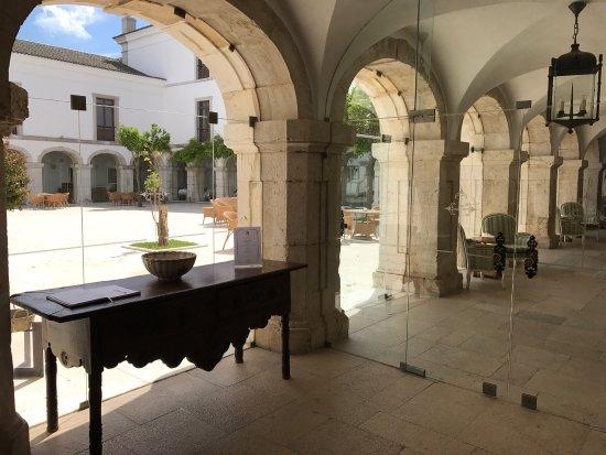 Pousada de Palmela Historic Hotel: photo1.jpg