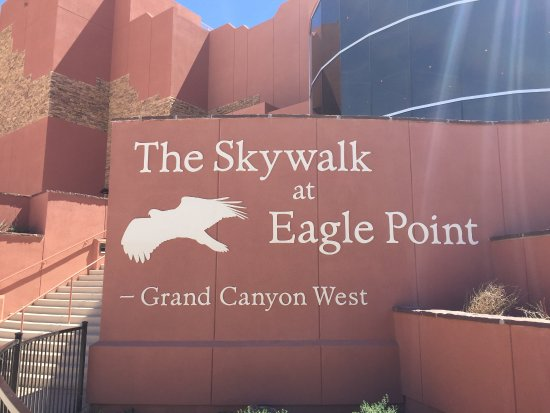 Peach Springs, AZ: The sign at Skywalk