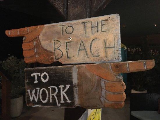Tamboo Seaside Grill: photo0.jpg