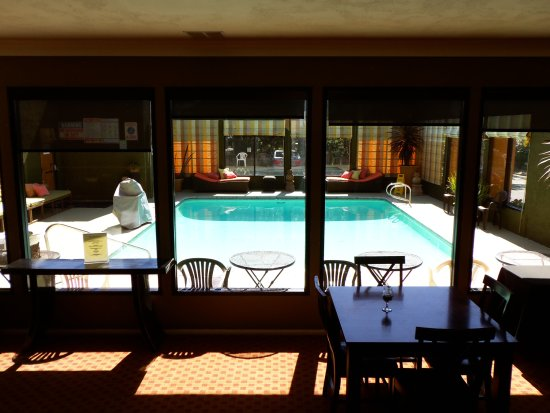 The Morgan at San Simeon: Pool, heated an inclosed with open ceiling