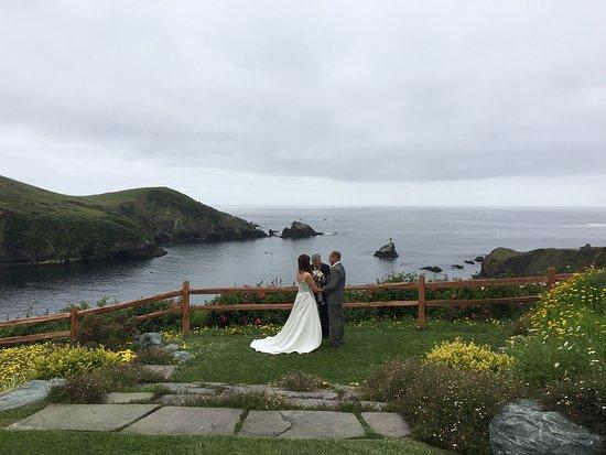 Wedding elopement at Albion River Inn