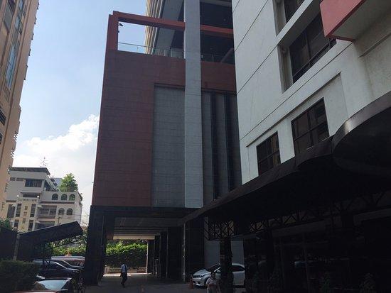 Фотография Bandara Suites Silom, Bangkok