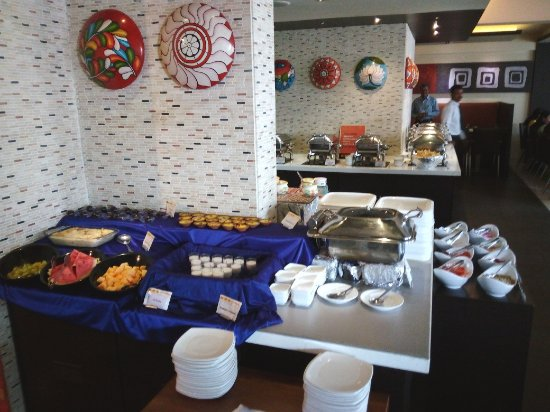 South Indies: More items in the buffet: an overview