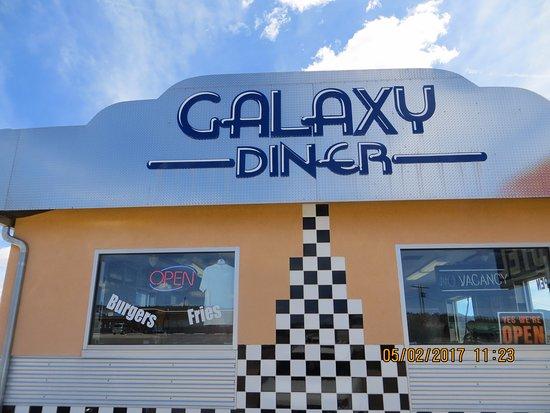 Hatch, UT: Galaxy diner
