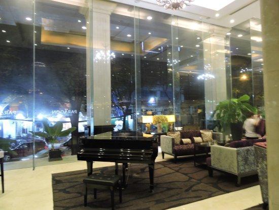 Safe in decent sized closet picture of paragon saigon for Design hotel vietnam