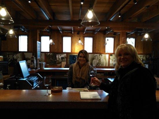 Healdsburg, CA: The tasting room