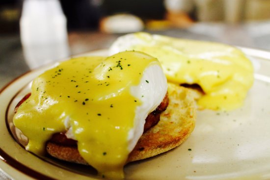 Newark, NY: Eggs Benedict with Homemade Hollondaise