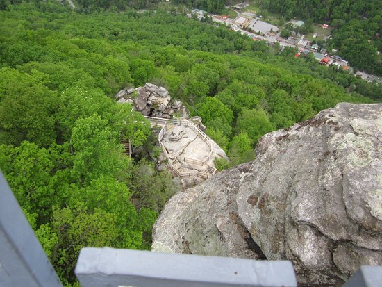 Chimney Rock, Caroline du Nord : the town