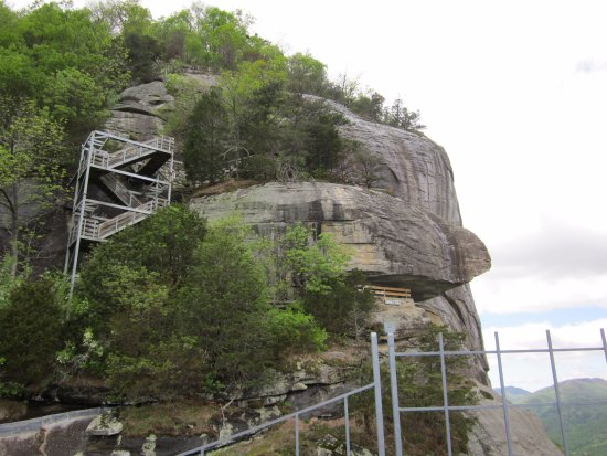 Chimney Rock, Caroline du Nord : on to the waterfall