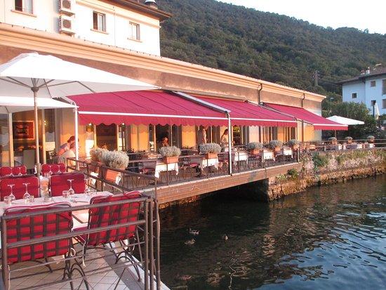 Terrazza Sul Lago Picture Of Hotel Araba Fenice Pilzone