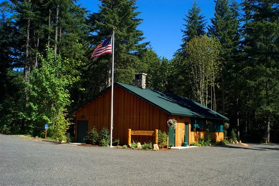 Timberlake Campground & RV: Timberlake Lodge