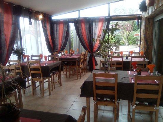 Puivert, Prancis: notre salle de restaurant
