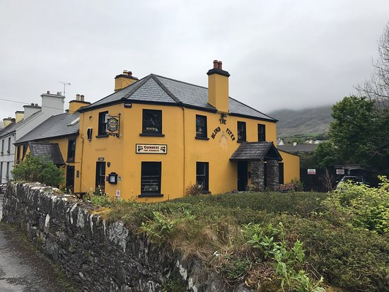Caherdaniel, Ireland: The Blind Piper