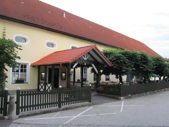 Kefermarkt, Áustria: Gutshof mit dem Gastgarten