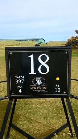 New Course at St. Andrews Links: The 18th tee box