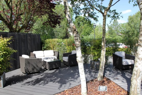 Buc, Francia: Seconde terrasse extérieure