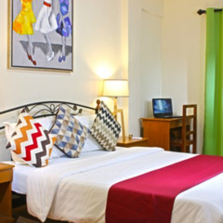2 story hotel room review of laciaville resort and hotel for Chambre hotel lapu lapu