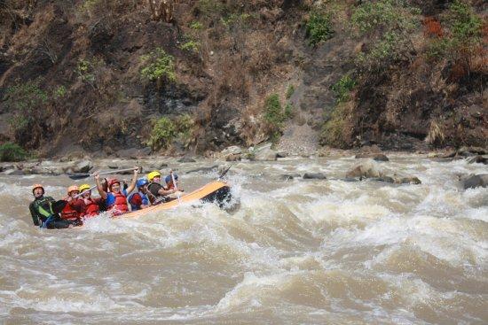 Lahat, Indonesia: Kami juga menyediakan Paket Out Bound, Touyr dan Rafting
