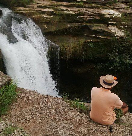 Gir National Park, الهند: jamjir fall jamwala gir, saurashtra