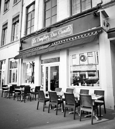 Ext rieur du restaurant picture of le comptoir des canuts lyon tripadvisor - Le comptoir des fees lyon ...