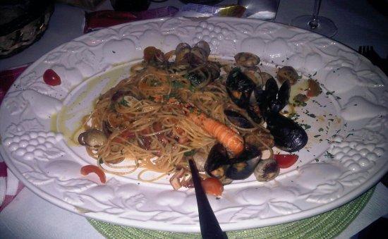 Trattoria da Checo: spaghetti alla scogliera