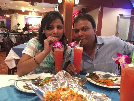 Taj Palace Indian Restaurant : photo1.jpg