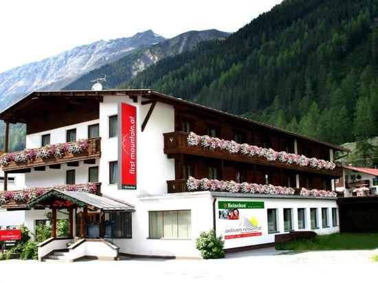 First Mountain Hotel Öetztal