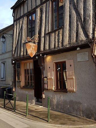 Restaurant vu de l 39 ext rieur photo de restaurant l 39 ilot for Restaurant exterieur