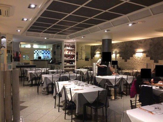Interni del locale 3 3 foto di ristorante pizzeria for Arredare pizzeria