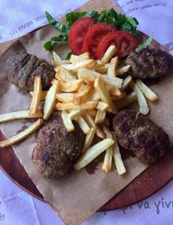 Taverna Tou Psirri: We serve you your favorite foods!!