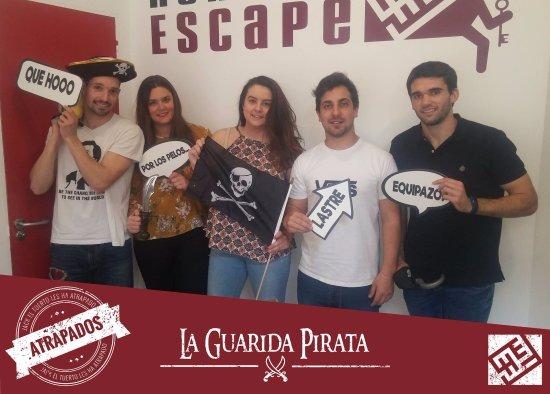 Foto al final de la partida tras quedar atrapados for Hora de escape oviedo