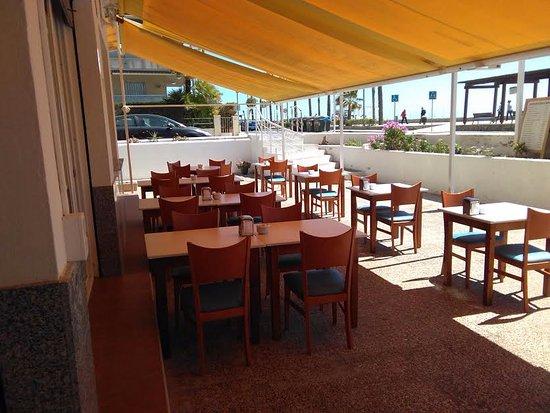 Segur de Calafell, Spain: Terraza Frente al Mar