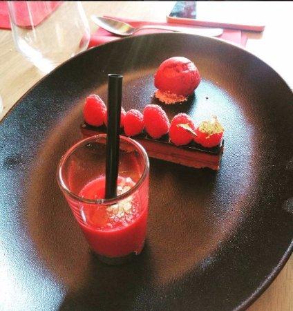La Maison des Halles: Barre chocolat manjari, praliné et framboises