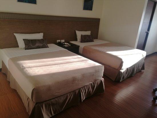 Fersal Hotel - Puerto Princesa: IMG_20170426_173252_large.jpg