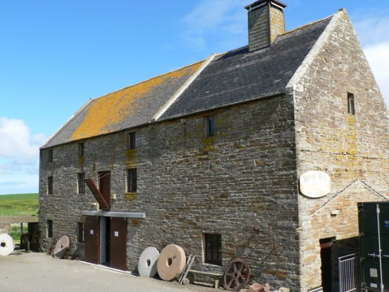 Birsay, UK: Barony Mill, Orkney's last working water mill. Home of Orkney beremeal since 1873