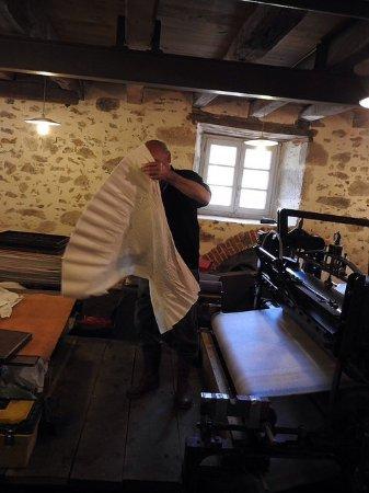 """Saint-Leonard-de-Noblat, France: Papier dit """"Stoke"""""""