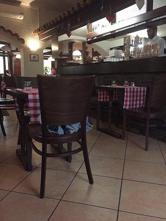 Restaurant pizzeria brunisso dans altkirch avec cuisine for Restaurant altkirch