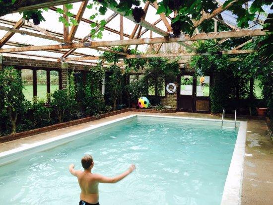 Indoor heated swimming pool. - Picture of Pekes Manor Oast ...